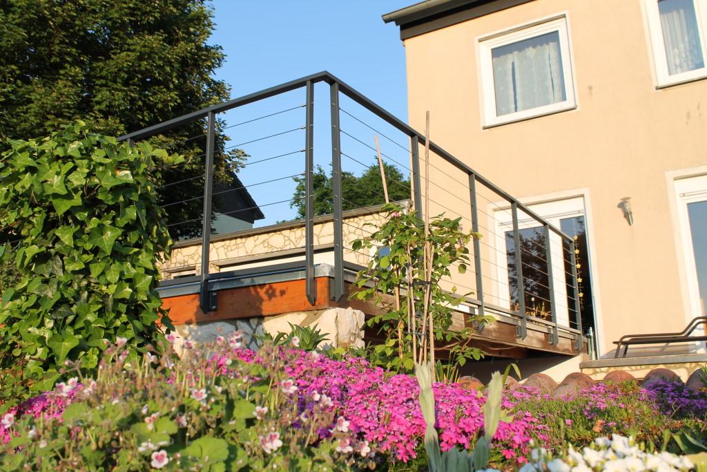 Terrassen Drahtseilgeländer aus Stahl