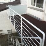 Pulverbeschichtetes Treppen- und Balkongeländer mit Glasfüllung