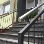 Pulverbeschichtetes Hauseingangsgeländer mit Edelstahl Handlauf